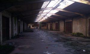 Foto verlassene Lagerhalle